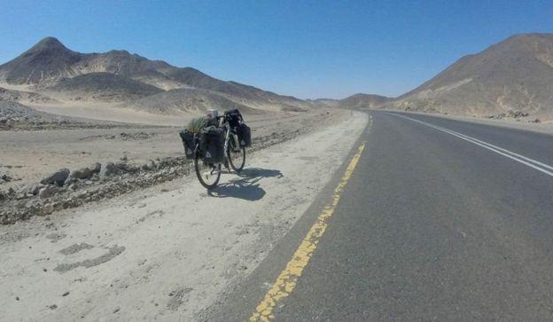 Britain to Iran Cycllist Woman 4